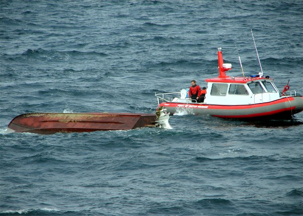 Capsized Calico Dog May 7, 2006 U S Coast Guard Photo